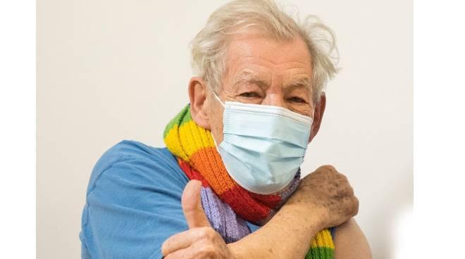British actor Sir Ian McKellen receives COVID-19 vaccine in the UK