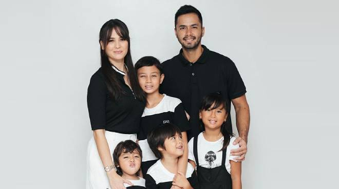 WATCH: Oyo Sotto, Kristine Hermosa's first family TV commercial