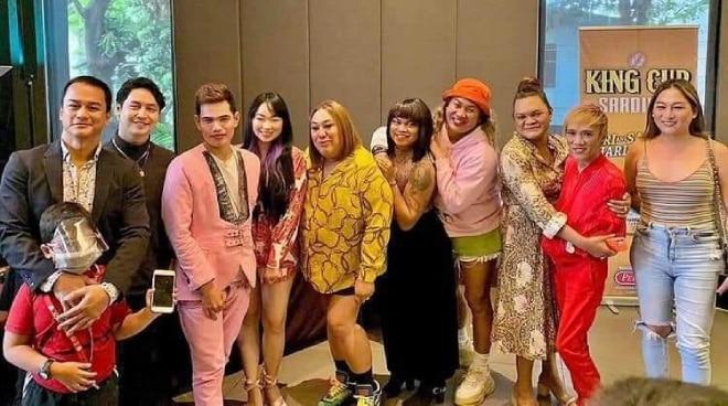 Sikat na stand-up comedians at vloggers nagsama-sama  para sa 'Ayuda Babes'