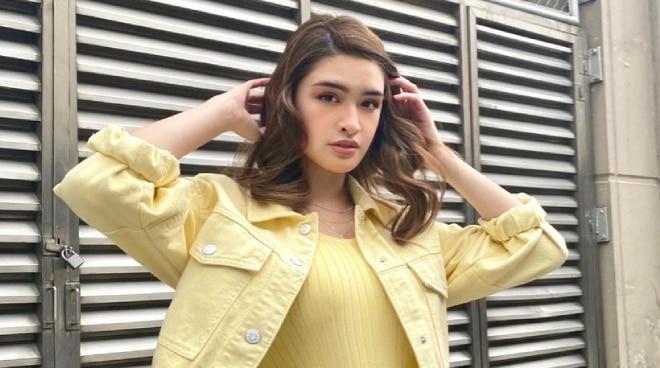 Sunshine Cruz's daughter Sam joins Star Magic's newest barkada
