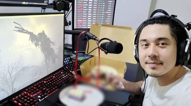 Paulo Avelino shares tips on how to build a career as a Esports gamer