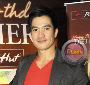 Diether Ocampo chooses to enjoy his friendship with Kris Aquino for now