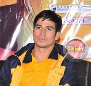 Piolo Pascual refuses to comment about rumored split with KC Concepcion