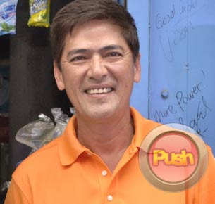 Vic Sotto on his relationship with Pia Guanio: Ayos naman