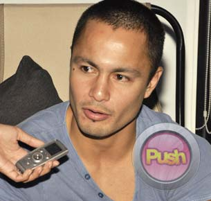 Derek Ramsay looks forward to spending Christmas in Indonesia with Angelica Panganiban and his family