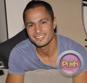 Derek Ramsay shares his secret to keeping his relationship with Angelica Panganiban strong