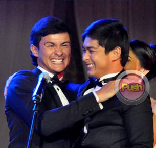 Matteo Guidicelli unexpectedly reconciles with Coco Martin at the 2012 Star Magic ball