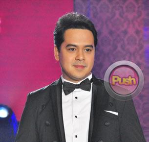 John Lloyd Cruz admits that he and Angelica Panganiban are a couple