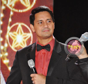 Richard Gomez looks back on his heydays with Mother Lily Monteverde