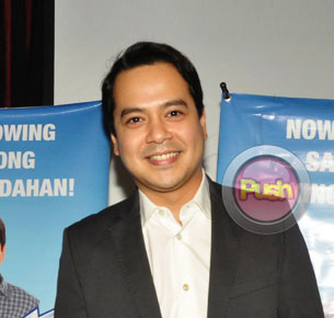 John Lloyd Cruz on his first year anniversary with Angelica Panganiban: 'Masayang masaya kami'