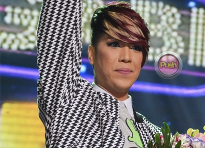 Vice Ganda admits crush on news reporter Atom Araullo: 'Na-surprise ako sa kanya'