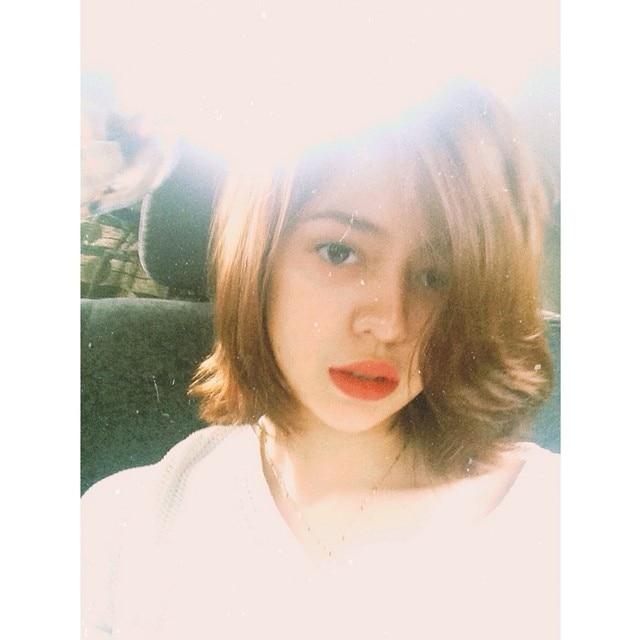 red lippie selfie.jpg