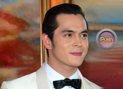 "Jake Cuenca on studying acting in New York, ""Mahal na mahal ko ang pag-arte"""