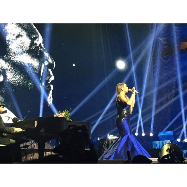 Mariah singing HERO.jpg