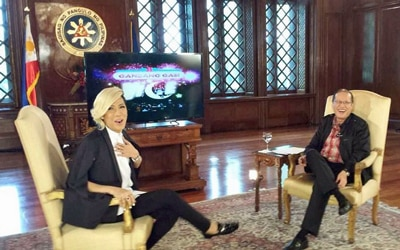 LOOK: The Unkabogable Vice Ganda face to face with PNoy
