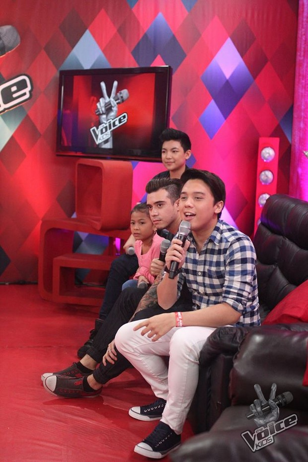 LOOK: The Voice Kids Season 1's Lyca at Darren, nakipagkulitan sa The Voice Online Tambayan