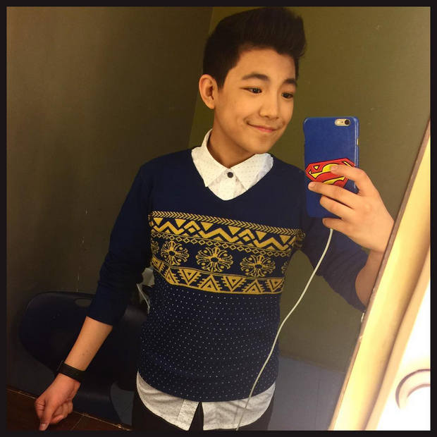 4 Teen idols with Boy Abunda on Aquino and Abunda Tonight Darren Espanto.jpg