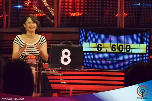 21 Jessy Mendiola on Deal or No Deal.jpg