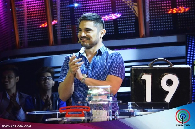 12 Kapamilya Deal or No Deal Marvin Agustin.jpg