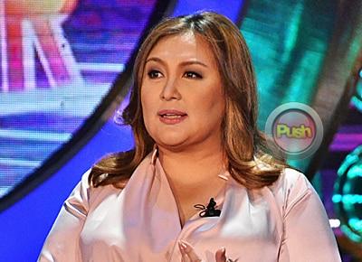 Sharon Cuneta says Sen. Kiko Pangilinan is still waiting for a 'sign'