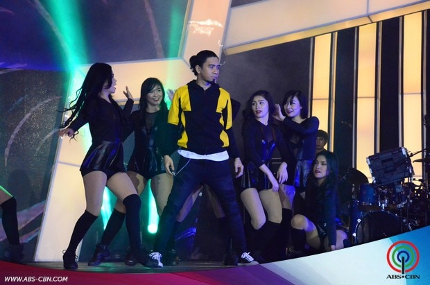 17 Its Showtime Kapamilya Day Opening Prod with Hosts.jpg