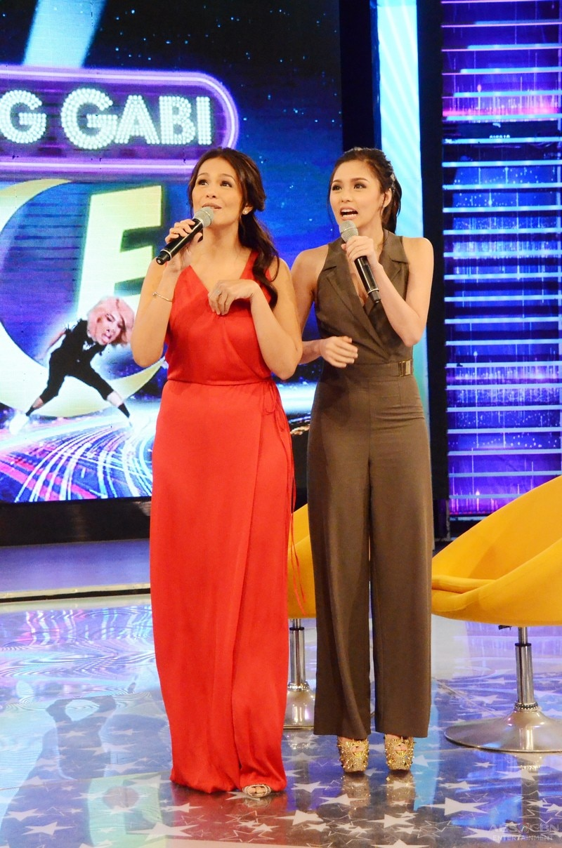 13 Kim Chiu and Iza Calzado on Gandang Gabi Vice.jpg
