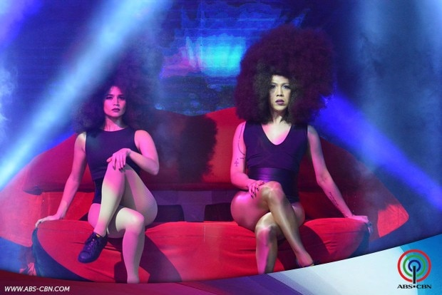 12-Vice-Ganda-and-Anne-Curtis-Anaconda-prod-on-Its-Showtime.jpg