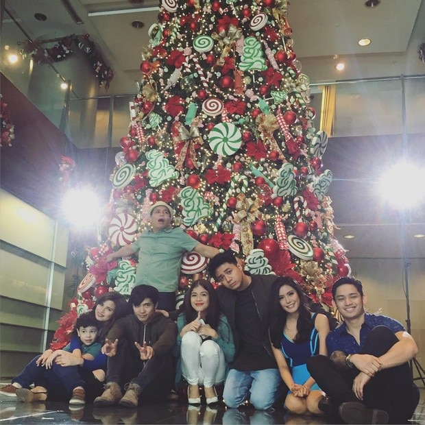 6-BTS-Team-YFSF-shoot-for-ABS-CBN-Christmas-Station-ID.jpg