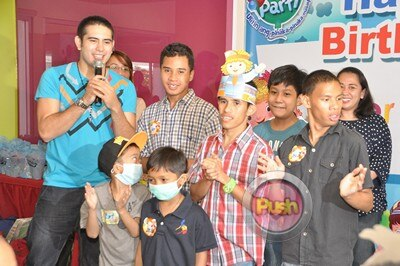 Gerald Anderson's 23rd Birthday Celebration_00012-277