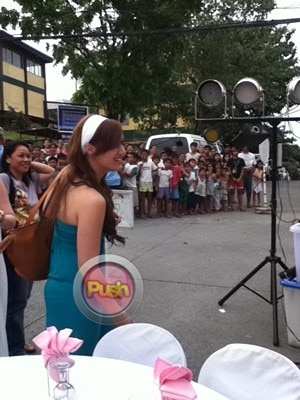 Behind the scenes of Julia Montes house blessing_00011-281