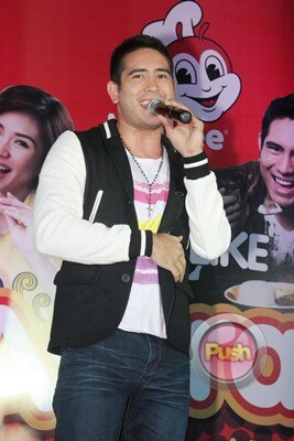 Sarah Geronimo and Gerald Anderson's Grand Fans Day_00010-290