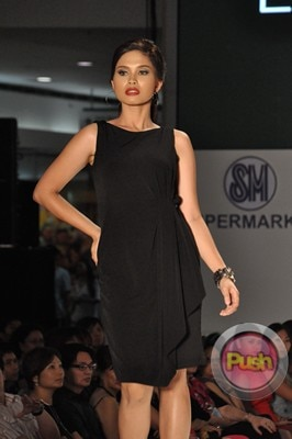 Ms Earth 2012 at the Philippine Fashion Week_00104-340