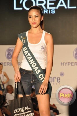 Ms Earth 2012 at the Philippine Fashion Week_00126-340