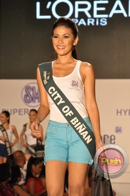 Ms Earth 2012 at the Philippine Fashion Week_00129-340