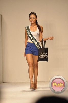 Ms Earth 2012 at the Philippine Fashion Week_00140-340