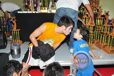Behind the scenes of Star Magic Games 2012 Part 3_00030-392