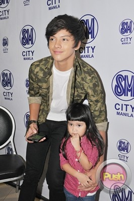 Daniel Padilla Album Mall Tour and Autograph signing_00021-408