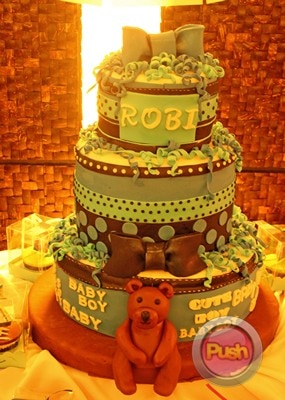 EXCLUSIVE A surprise birthday bash for Robi Domingo_00002-454