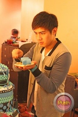EXCLUSIVE A surprise birthday bash for Robi Domingo_00033-454