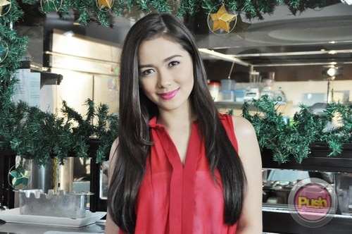 ABS-CBN Christmas Station ID 2012 (Part 1)_00068-471