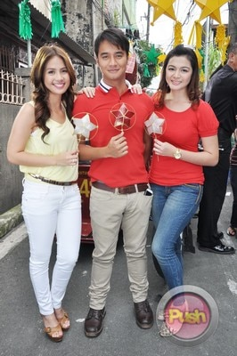 ABS-CBN Christmas Station ID 2012 (Part 1)_00123-471