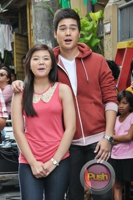 ABS-CBN Christmas Station ID 2012 (Part 1)_00218-471