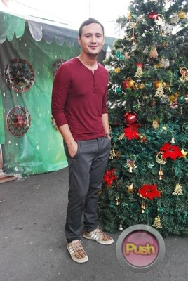ABS-CBN Christmas Station ID 2012 (Part 2)_00105-472