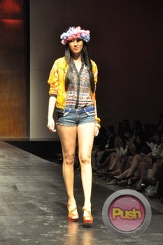 Mint Fashion Show at SMX Hall_00037-481