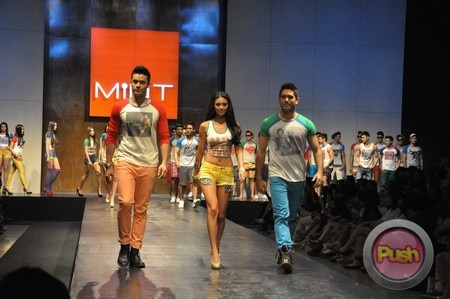 Mint Fashion Show at SMX Hall_00174-481