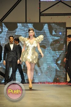 Anne Curtis for Bench Fashion Show_00023-483