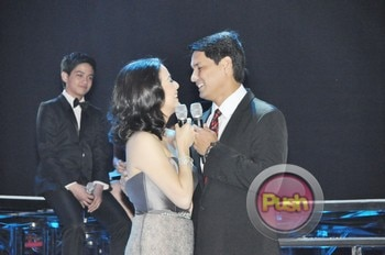 The 2012 ABS-CBN Christmas Special (Part 1)_00003-513