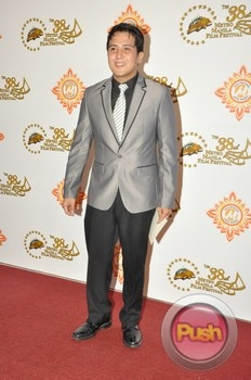 The 38th Metro Manila Film Festival Awards Night (Part 1)_00005-531