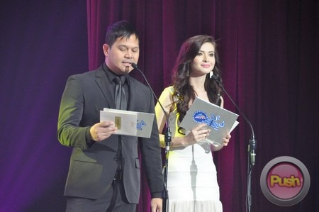 The 38th Metro Manila Film Festival Awards Night (Part 1)_00037-531