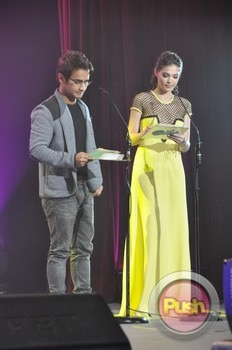 The 38th Metro Manila Film Festival Awards Night (Part 1)_00071-531